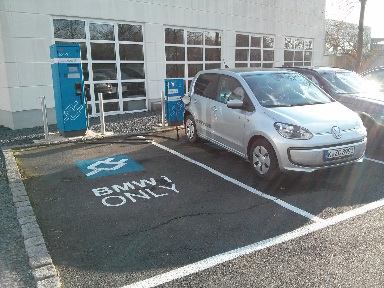 VW e-Up bei BMW in Bonn