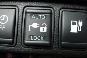 Verriegelung des Typ1-Steckers im Nissan Leaf